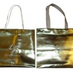 Sacola personalizada para presente, na cor dourada